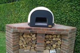 RHS Garden Harlow Carr's new pizza oven